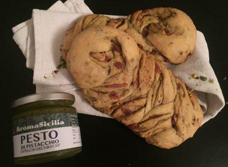 Treccia al pistacchio e pancetta