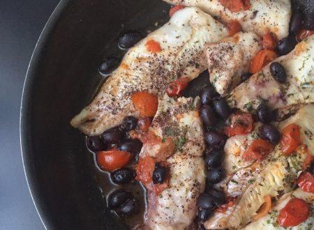 Tranci di merluzzo alla pizzaiola  in padella
