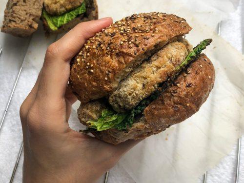 Burger di lenticchie e broccoli
