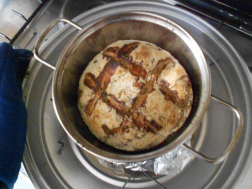 Pane facile con pasta madre