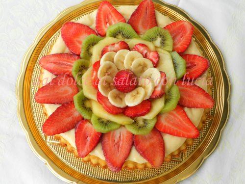 Crostata morbida di frutta nello stampo furbo