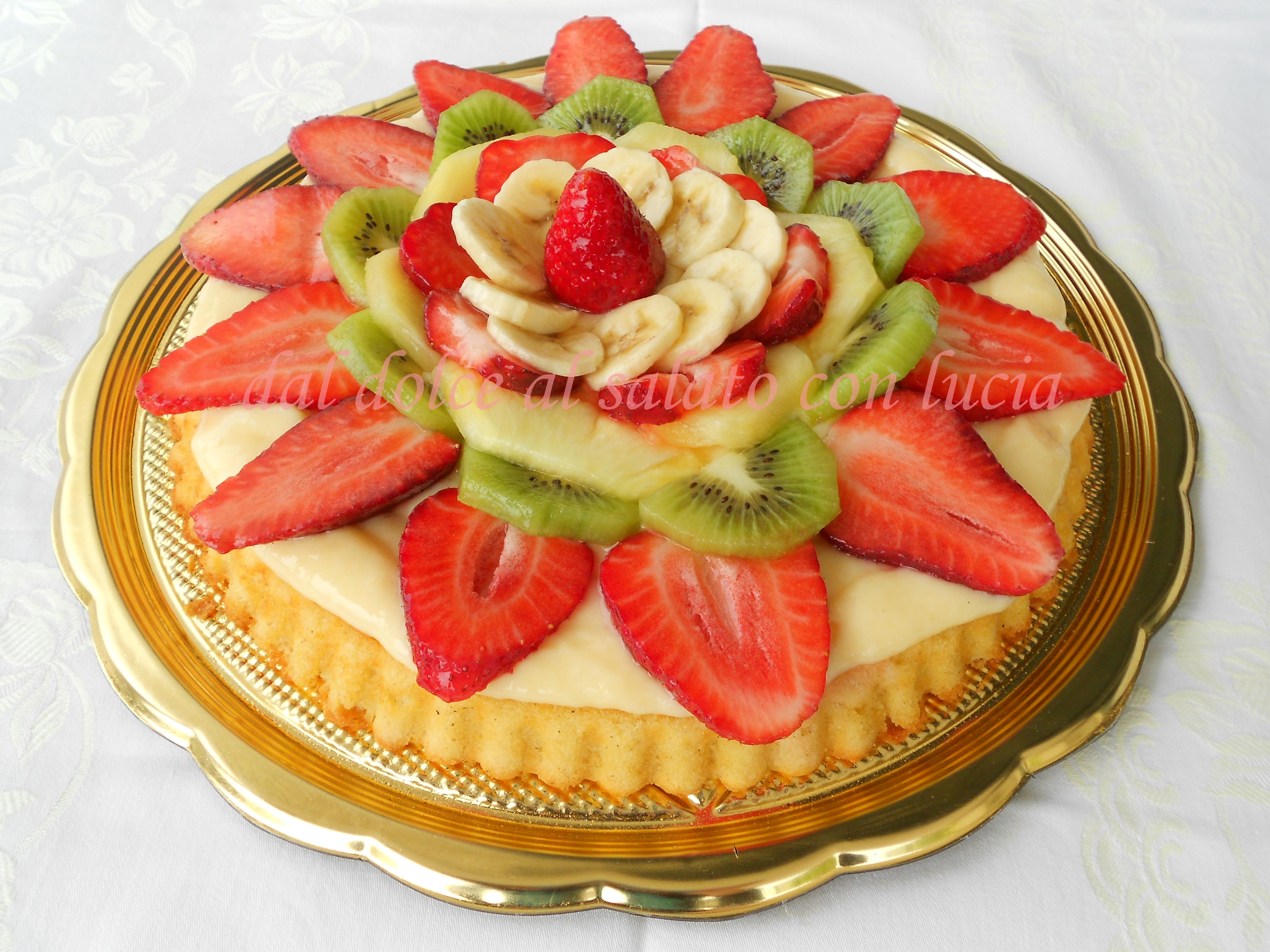 Crostata morbida di frutta nello stampo furbo dal dolce - Decorare frigorifero ...