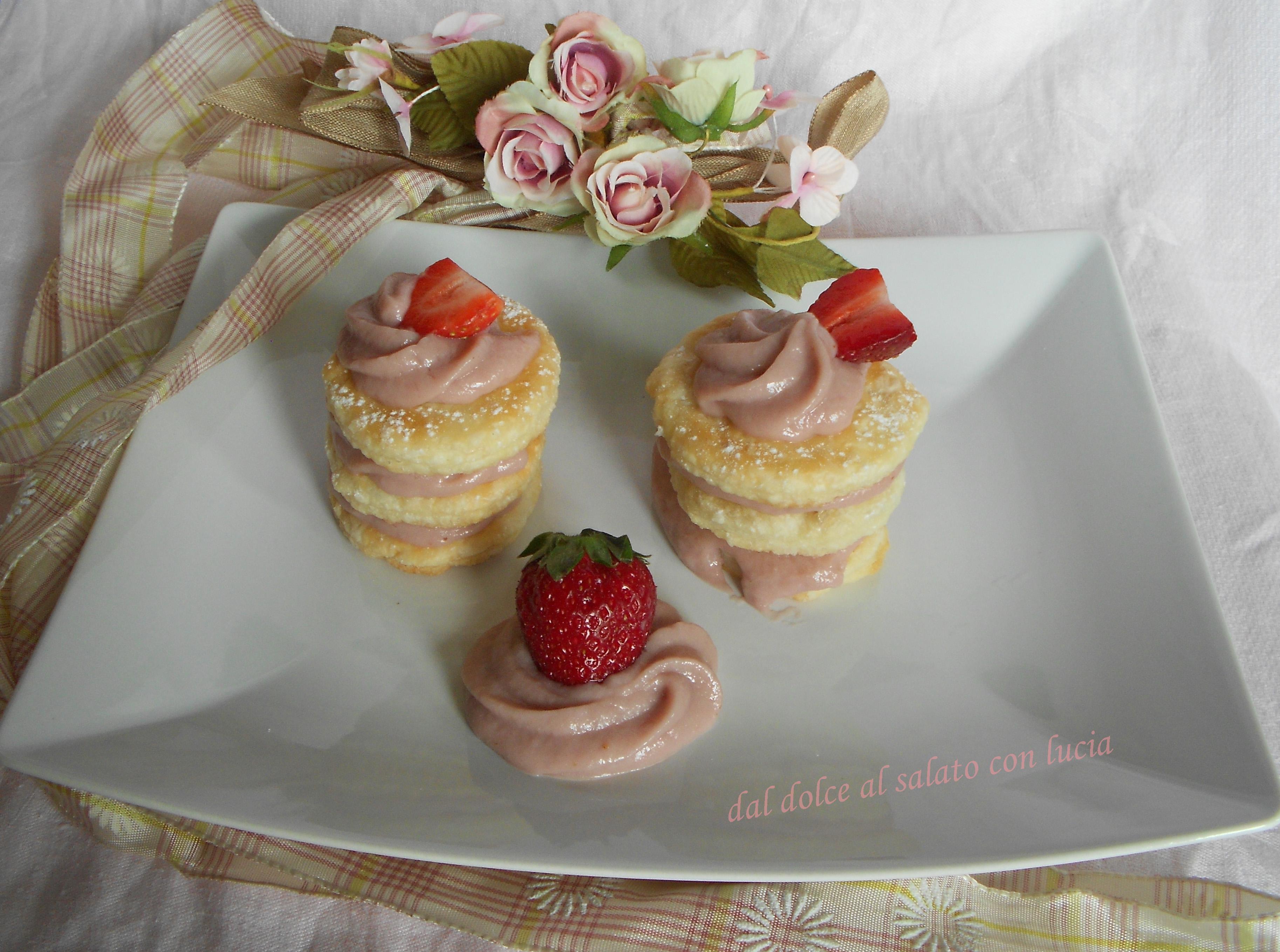 Millefoglie alla crema pasticcera di fragole