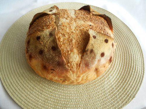 Pane incamiciato con farina 0, Buratto e semola, con lievito madre
