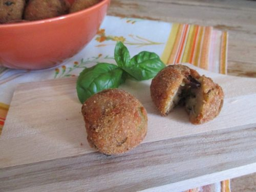 Polpette di melanzane profumate al basilico