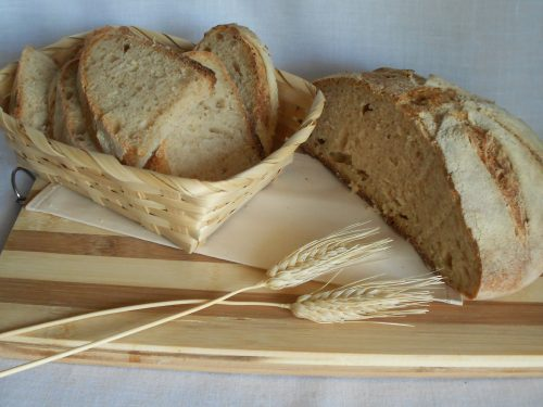 Pane misto con lievito madre, farina integrale, 0 e semola rimacinata
