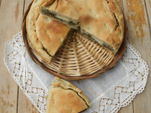 Focaccia sfogliata, una torta salata con esubero di pasta madre