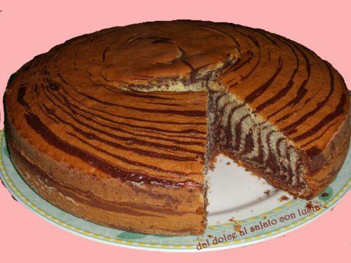 Zebra cake, con indicazioni per ottenere l'effetto tigrato