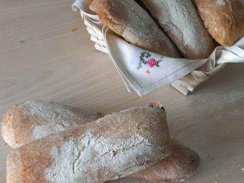Ciabattine di semola di grano duro rimacinata, ricetta con tutorial fotografico