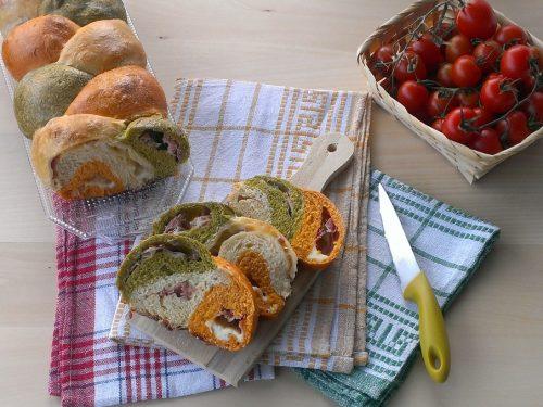 Treccia arlecchina salata tricolore, ricetta con tutorial fotografico