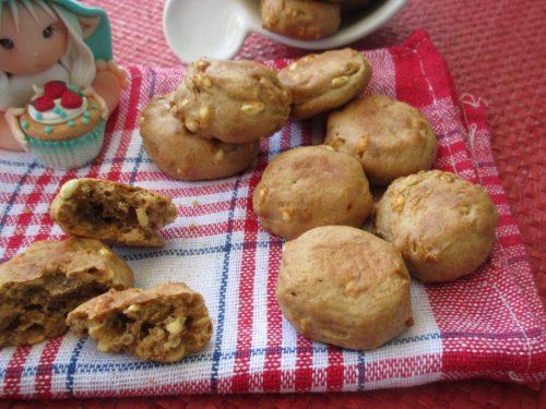 Fior di biscotti integrali e vegan, con farina di farro