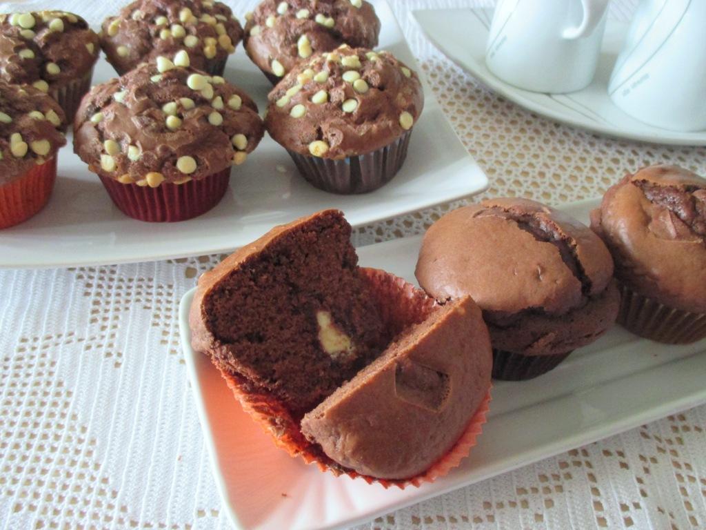 Muffin morbidissimi al cioccolato | Dal dolce al salato con Lucia