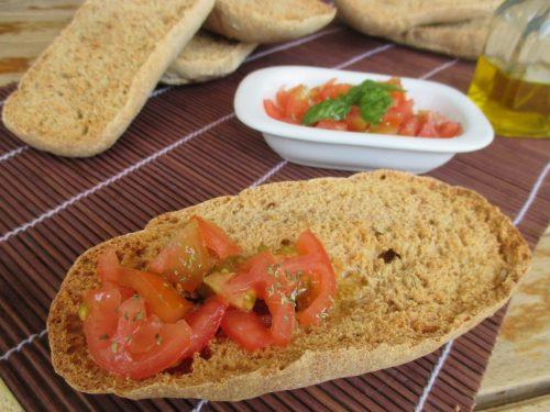 Frise o freselle integrali al finocchietto: ricetta lievitata