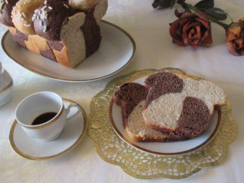 Pan bauletto bicolor, doppia scacchiera. Ricetta lievitata con tutorial