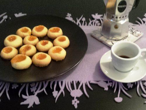 Biscotti Ovis Mollis, pasta frolla con tuorli sodi