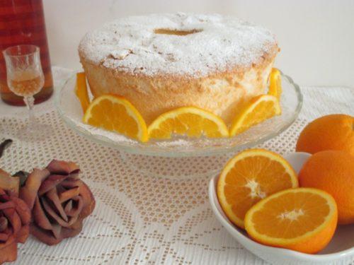 Angel cake all'arancia, ciambellone di soli albumi sofficissimo e profumatissimo
