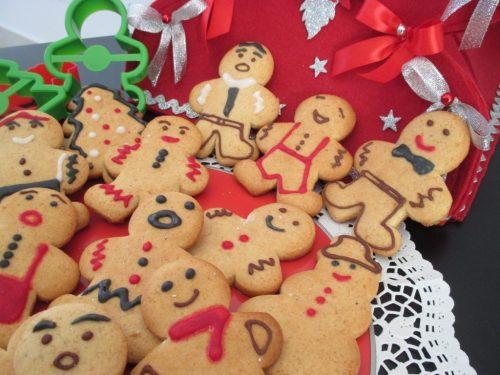 Omini di pan di zenzero (Gingerbread men). Ricetta con foto