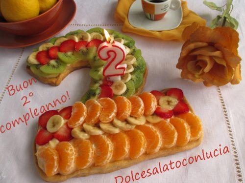 Crostata crema e frutta per il secondo compleanno del blog!