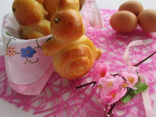 Coniglietti di Pasqua in pasta brioche