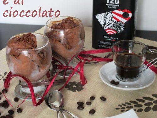 Gelato cremoso al caffè e cioccolato