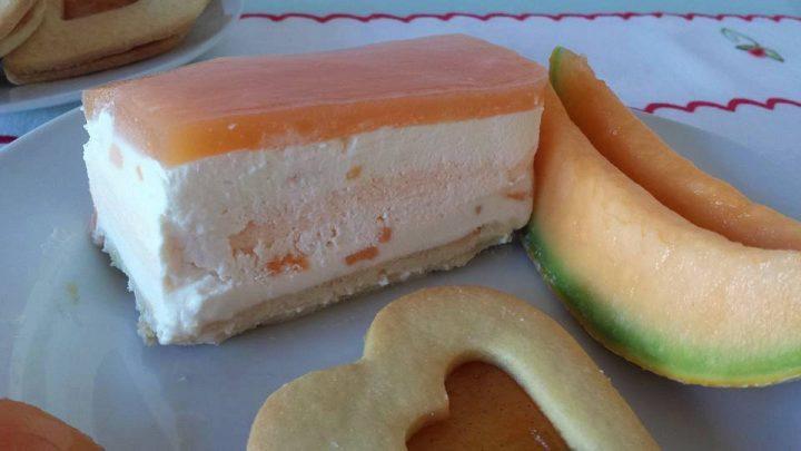 Cheesecake al melone con gelèe al melone