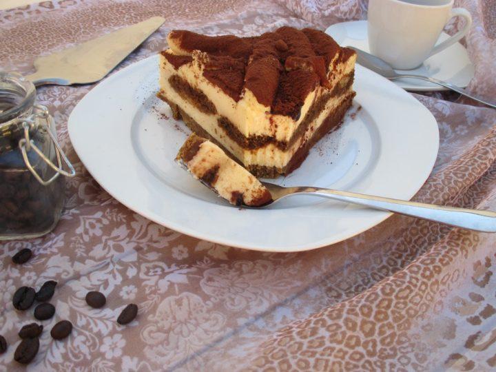 Cheesecake tiramisù, la fetta