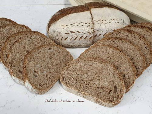 Pane rosso integrale