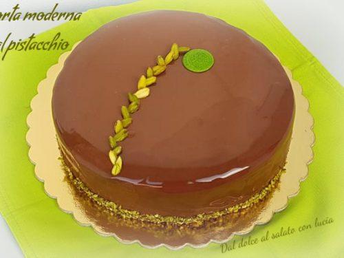 Torta moderna al pistacchio e cioccolato