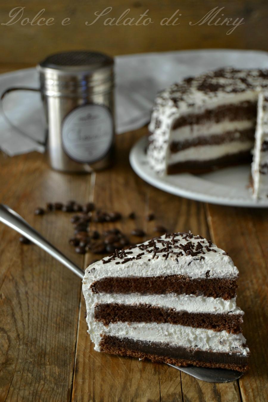 Torta al caff con fresca panna montata - Decorare frigorifero ...