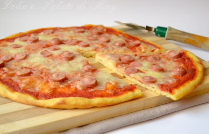 Pizza  con i wurstel
