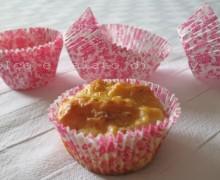 Muffin con prosciutto e formaggio