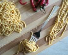 Spaghetti al peperoncino, ricetta pasta fresca