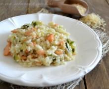 Riso con salmone e zucchine