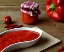Composta di peperoni e peperoncini