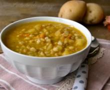 Zuppa di orzo e grano