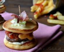 Mini pizzaburger