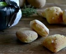 Bocconcini di pane con patate