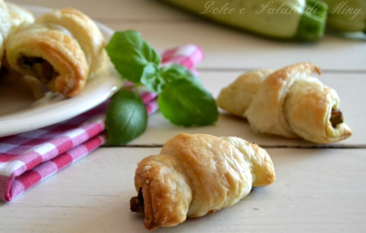 Croissant di zucchine e philadelphia