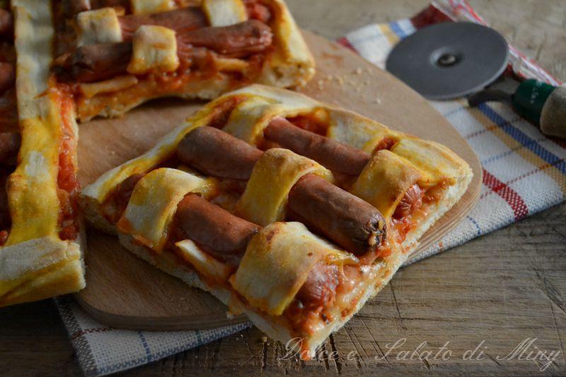 Pizza con i wurstel dolce e salato di miky for Pizza con planetaria