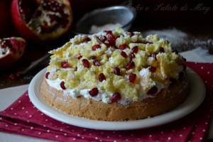 Torta mimosa alla melagrana
