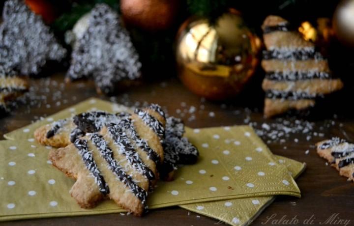 Biscotti di Natale cocco e cioccolato