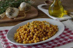 Ceci con aglio e rosmarino