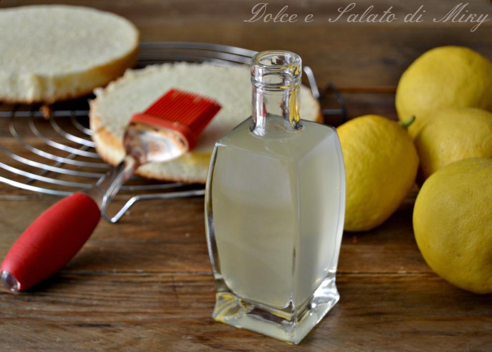 Bagna al limone per torte