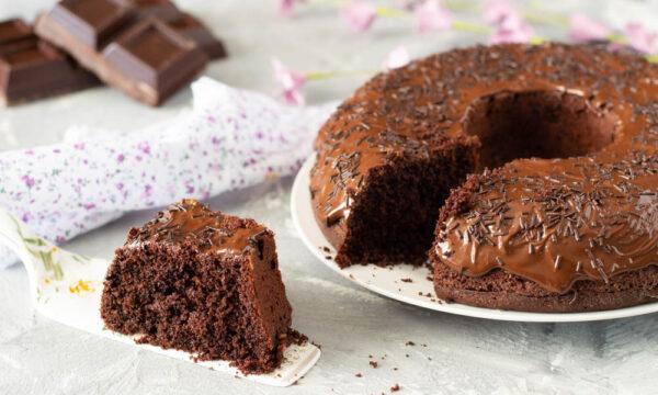 Ciambellone soffice al cioccolato