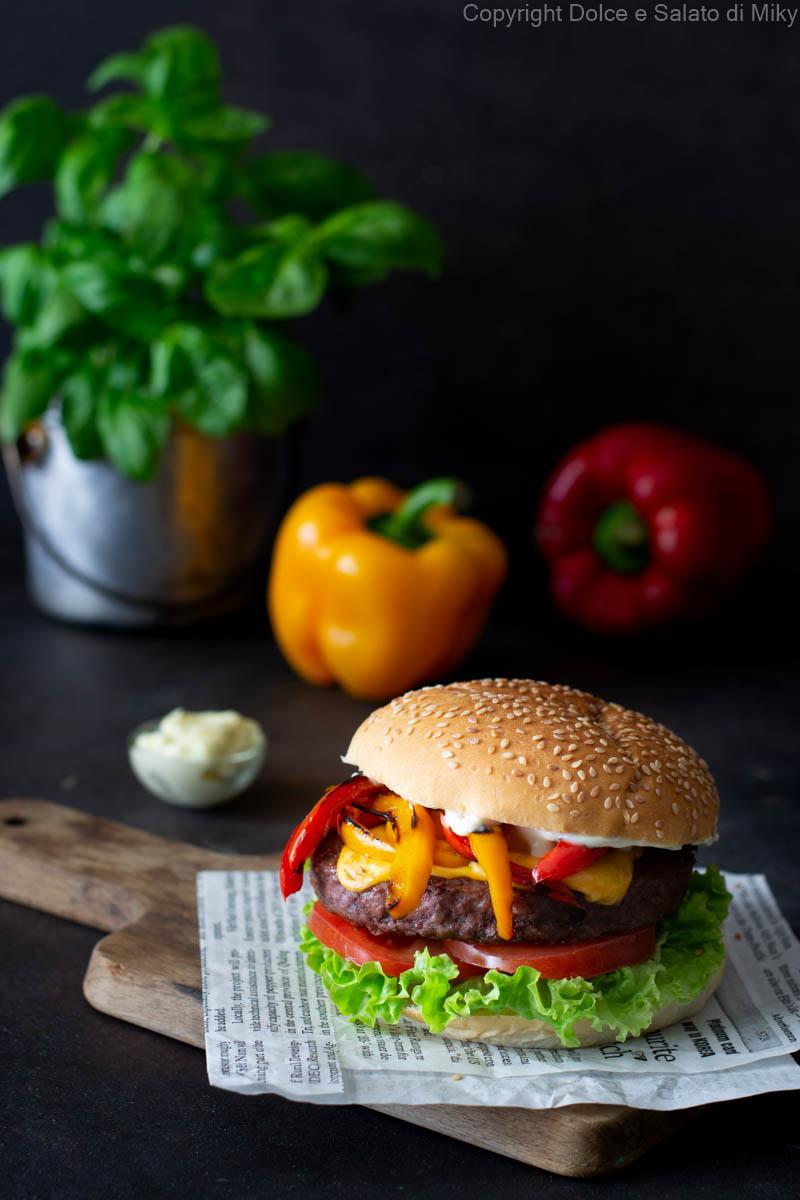 Cheeseburger ai peperoni