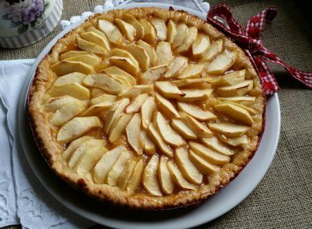 Crostata di mele con marmellata