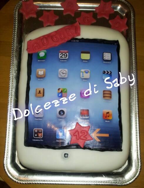 Ogni tanto una torta tecnologica ci sta pure bene ...ecco la mia versione di torta tablet