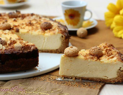 Cheesecake amaretti e mandorle