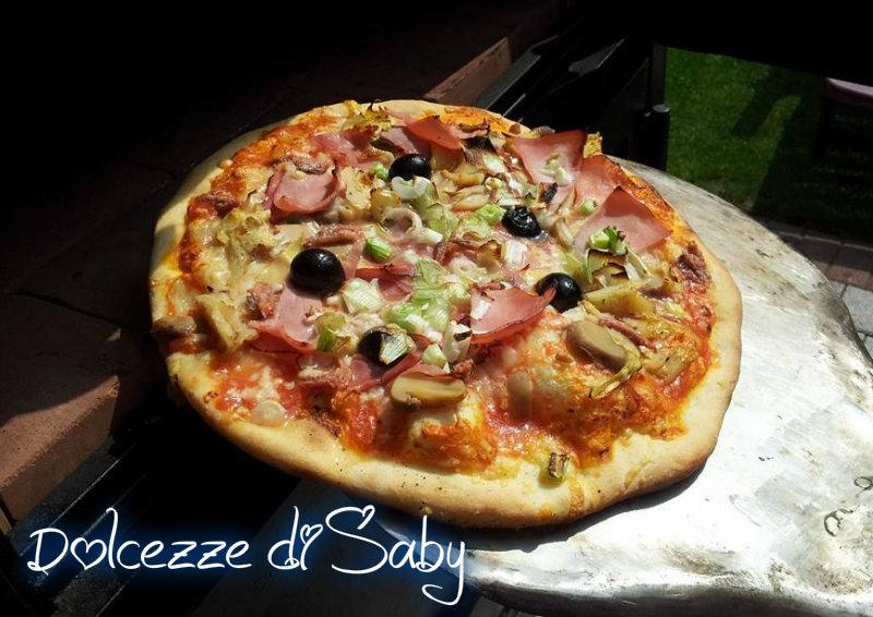 Pizza cotta nel forno a legna - Temperatura forno a legna pizza ...