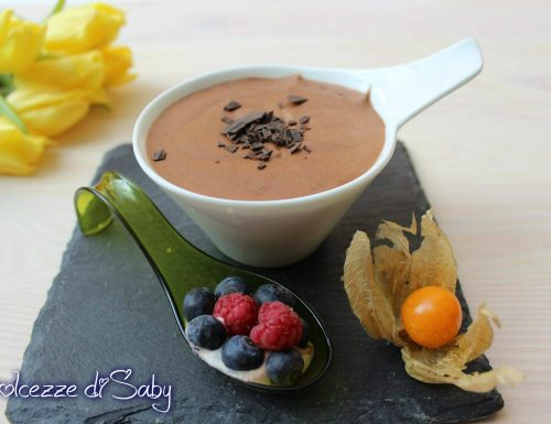 Mousse al cioccolato (senza uova e senza gelatina)